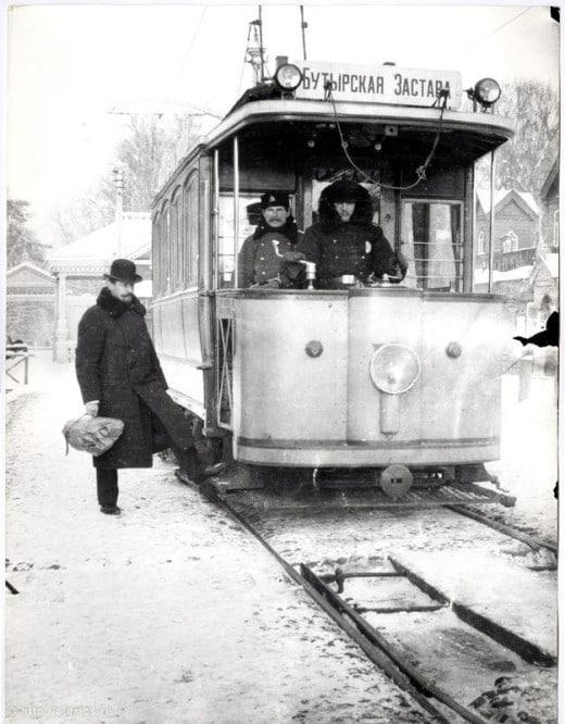 Трамвай следующий до Бутырской заставы