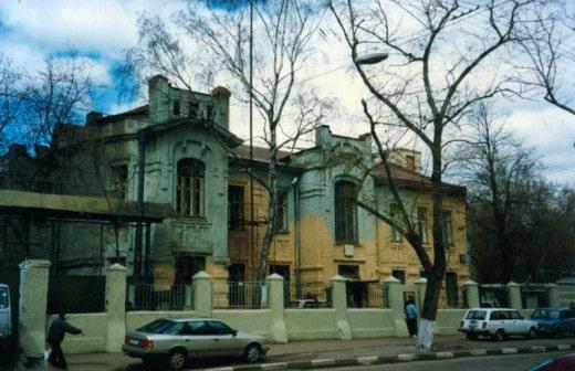 Вятская д.35. Дом построен после 1910 года.