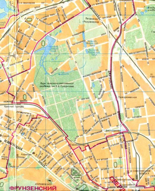 На карте 1989 год в Тимирязевском парке даже обозначена схема аллей. Район принял свой современный облик. Некоторые изменения мы наблюдаем с речкой Жабенкой.