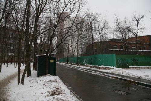 Фасад дачи Александры Муралёвой с другой стороны сегодня