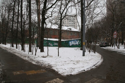 На этом месте располагалась дача Туркина (Ивановская улица у дома №16).