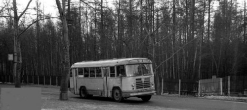 На фото — автобус маршрута № 22 на Тимирязевской улице в начале 70-х годов прошлого века.