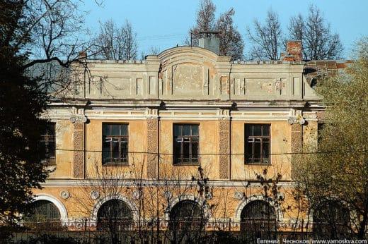 Бывшая Ананасовая оранжерея XVIII века.